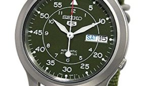 51bd2MB3PyL 300x169 - SEIKO Men's SNK805 SEIKO 5 Automatic Stainless Steel Watch with Green Canvas